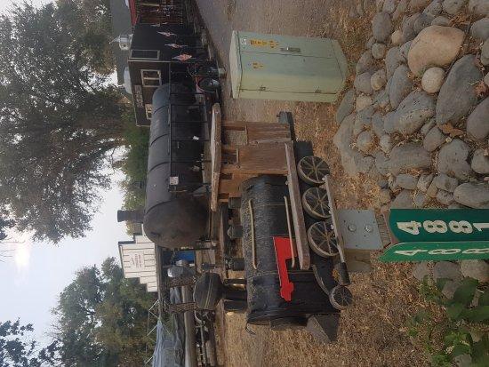 Оукхерст, Калифорния: Mike's Iron Horse BBQ