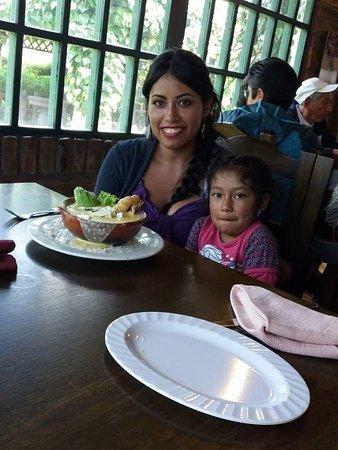 Machachi, الإكوادور: Nuestros amigos y clientes disfrutan de la Mejor Gastronomía del Cantón Mejia los esperamos