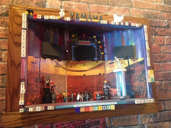 Kennesaw, GA: Woodstock diorama.
