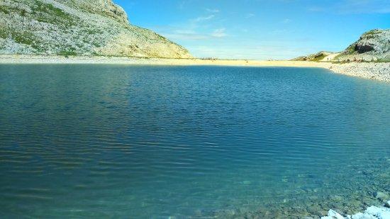 Parc Naturel Regional du Vercors: lac de la Moucherolle