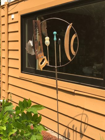 Comox, Kanada: Metal Mermaid Welding garden decor