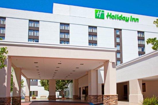 La Mirada Hotel near Disneyland and Knotts Berry Farm