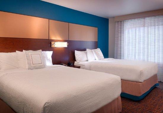 Murray, UT: One-Bedroom Queen/Queen Suite - Bedroom
