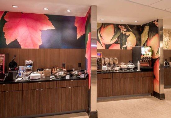 Enterprise, Алабама: Breakfast Buffet