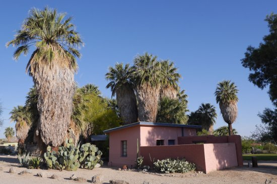 29 Palms Inn: Forget Me Not Adobe Bungalow