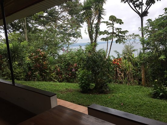 Nuevo Arenal, Costa Rica: View from the upper rooms