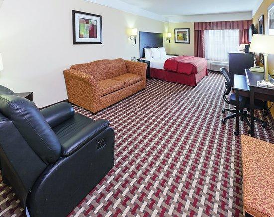 Raymondville, TX: Guest Room