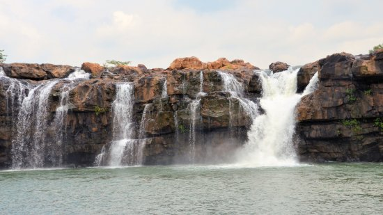 Bhadrachalam, Индия: Bogatha waterfall