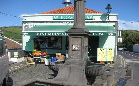 Agua de Pau - Minimarkt auch am Sonntag geöffnet
