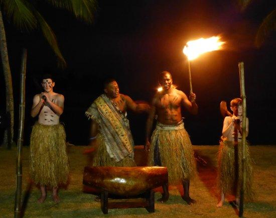 เดอะ นาวิตี รีสอร์ท: Fire Lighting Ceremony