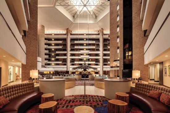 Hotel Atrium Picture Of Embassy Suites By Hilton Orlando