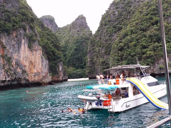 Baan KanTiang See Villa Resort (2 bedroom villas): Phi Phi Island