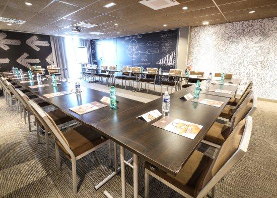 Ibis niort est mendes france updated 2017 hotel reviews for Hotel design est france
