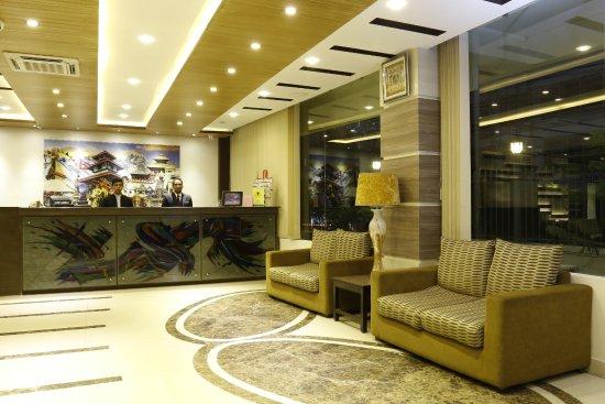 Mirage Lords Inn, Kathmandu: FRONT DESK