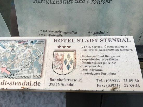 Stendal, Allemagne : Schaukasten voller Fliegen und anderes Getier, ekelhaft !