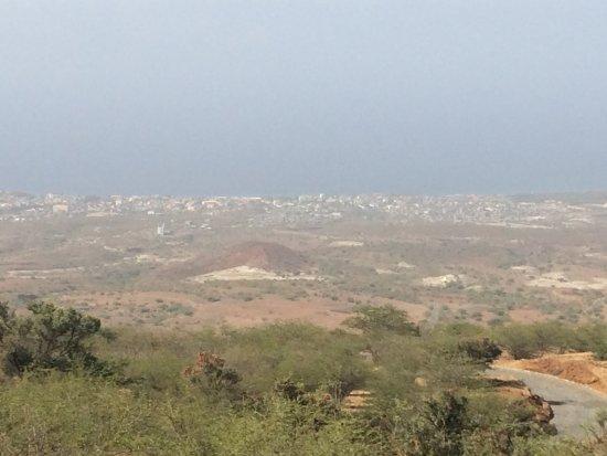 Sao Nicolau, Cape Verde: Ilha de São Nicolau, Porto Novo, vista desde a montanha.