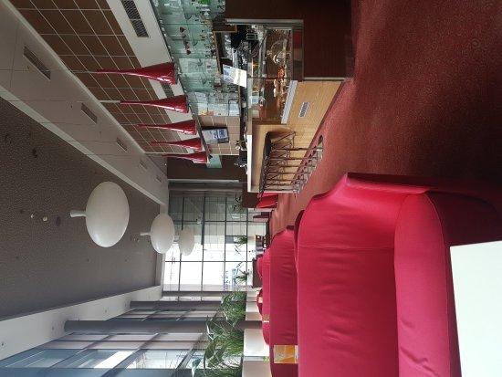 Park Inn by Radisson Kaunas: 20170820_115011_large.jpg