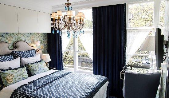 Hotel Estherea Image