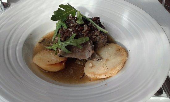 Crows Nest, Australia: Greek style slow cooked roast lamb