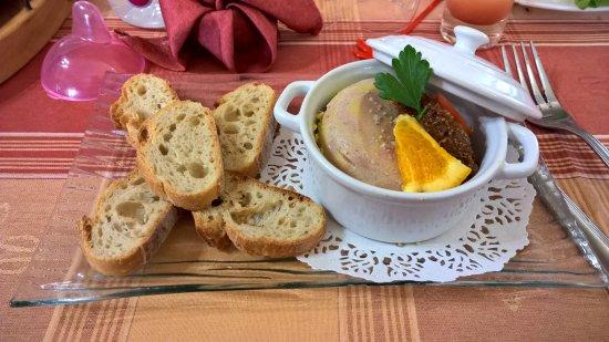 Campan, França: terrine de foie gras