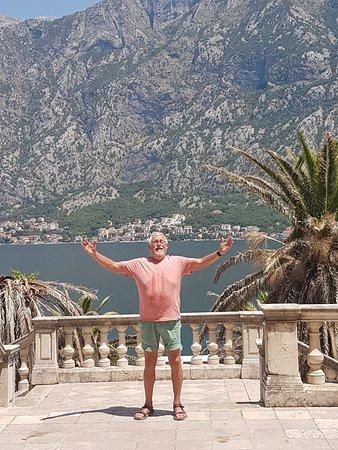 Prcanj, Montenegro: Beeld op baai