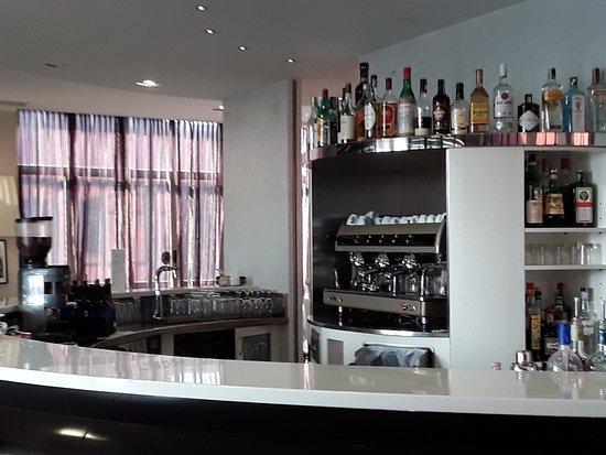 Rho, İtalya: Bar