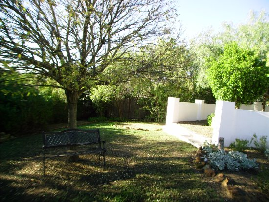Riebeek-West, South Africa: ....a pleasant well kept garden to relax in