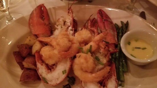 The Pelican Club: Lobster with Jumbo Fried Shrimp