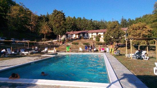 Badia Tedalda, Italy: Vista dalla piscina
