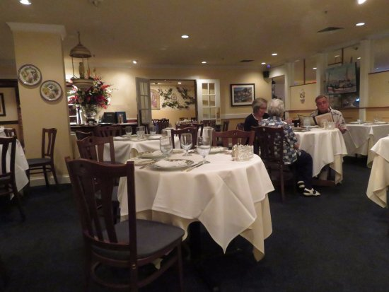 Chevy Chase, MD: The Elegant Dining Room