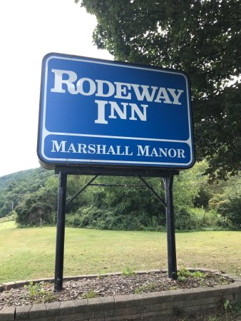 Rodeway Inn Marshall Manor: photo1.jpg