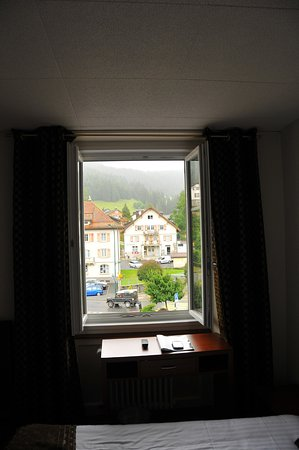 Le Brassus, Suíça: Minuscule chambre cessée pouvoir acceuillir 2 personnes