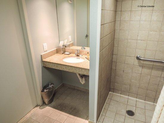 Melville, Nova York: Banheiro quarto King