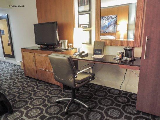 Melville, NY: Mesa de trabalho