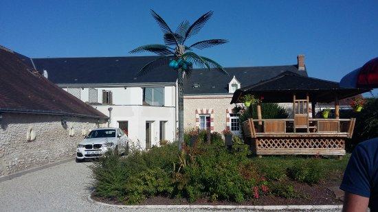Saint-Georges-sur-Cher, França: 20170820_094840_large.jpg
