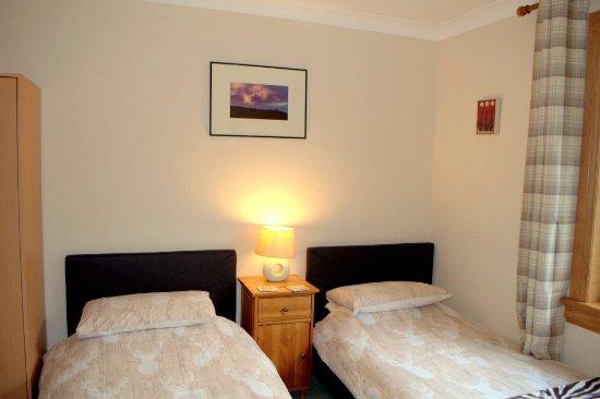 Balnain, UK: Twin Singles Meiklie Lodge