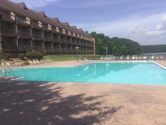 Rogersville, AL: Wheeler Lodge Pool