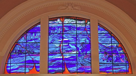 Grand Pre, Canada: Stained glass windows at Memorial Church.