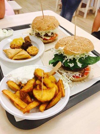 Burger Mel: photo0.jpg