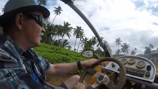 Muri, جزر كوك: Driving around old Sheraton Hotel site