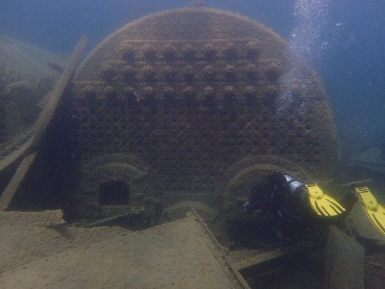Tiny, Canadá: Ship wreck diving: The Mapledawn