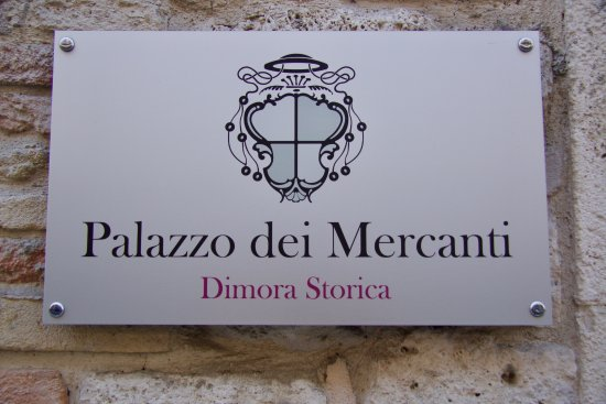 Hotel Palazzo dei Mercanti: Naambord Hotel