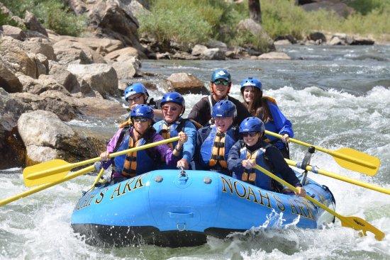 Noah's Ark Colorado Rafting & Aerial Adventure Park : Rafting on the Arkansas River in August with Noah's Ark