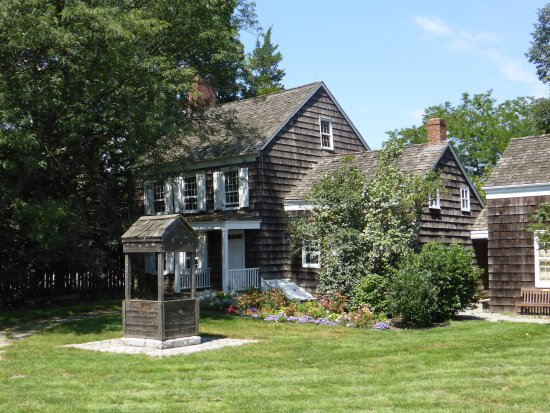 Huntington Station, NY: Walt Whitman Birthplace