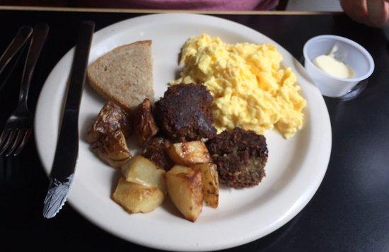 Decatur, GA: Scrambled eggs, veggie sausage, potatoes
