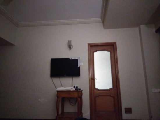 Pinnacle Hotel: IMG_20170820_211032_large.jpg