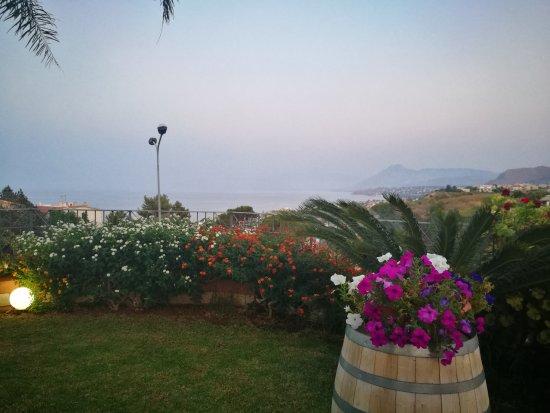 Casteldaccia, Italië: IMG_20170819_195837_large.jpg
