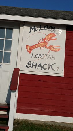 McLoons Lobster Shack : His sign