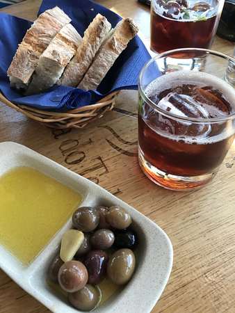 Folgosa, Πορτογαλία: Olives and olive oil from the Quinta, Julep Cocktail