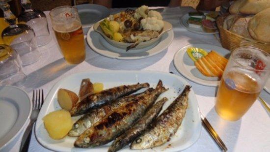 Lisbon District, Portogallo: bacalhau, sardinha, e cerveja Ora Pois